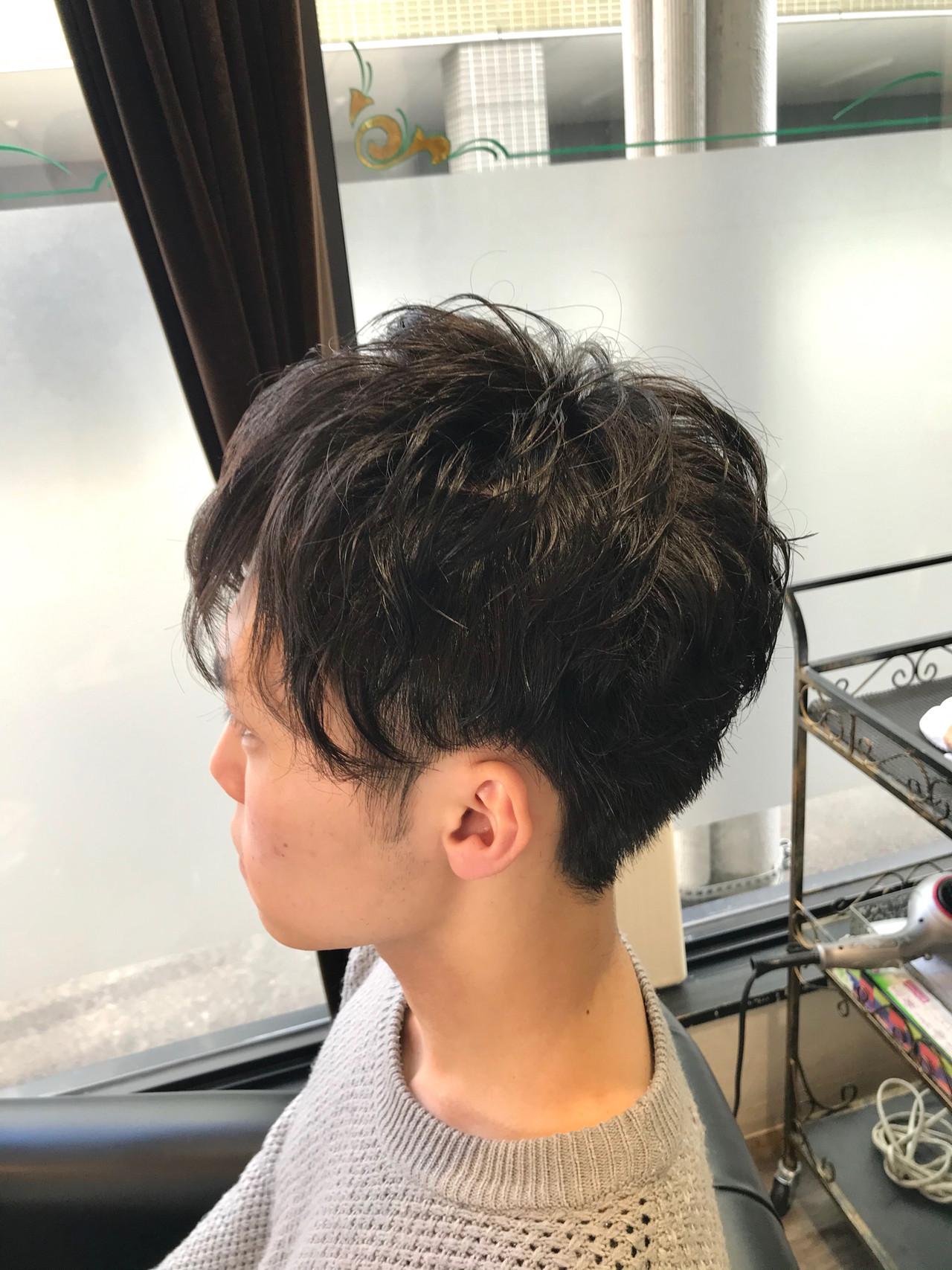 ツーブロック メンズパーマ ショート ストリート ヘアスタイルや髪型の写真・画像   小川宏人 / 花鳥風月TOTAL BEAUTY