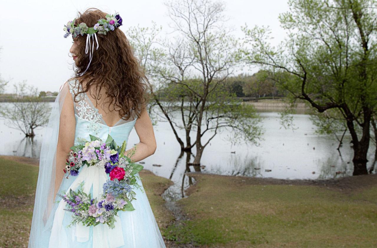 ふわふわ 波ウェーブ 結婚式 ヘアアレンジ ヘアスタイルや髪型の写真・画像 | 宮田 恵里香 / igloo