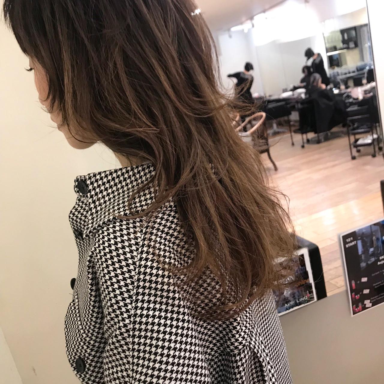 ロング 大人かわいい 外国人風 フェミニン ヘアスタイルや髪型の写真・画像 | yumiko/sapporoSKNOW / SKNOW
