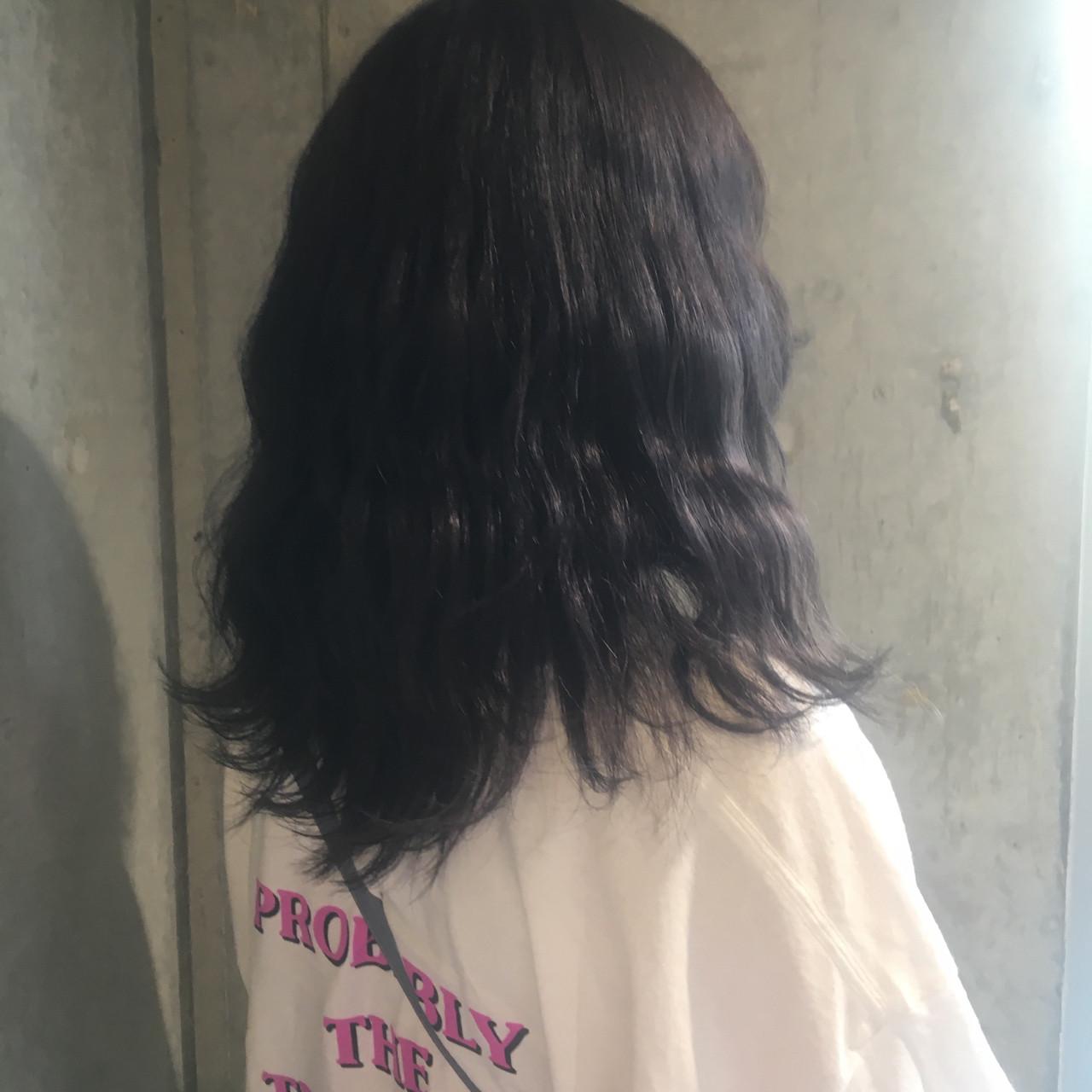 グレージュ ラベンダーアッシュ ラベンダー ミディアム ヘアスタイルや髪型の写真・画像