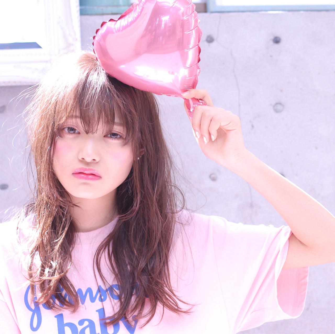 デート セミロング 外国人風カラー おフェロ ヘアスタイルや髪型の写真・画像 | Wataru Maeda / cache cache