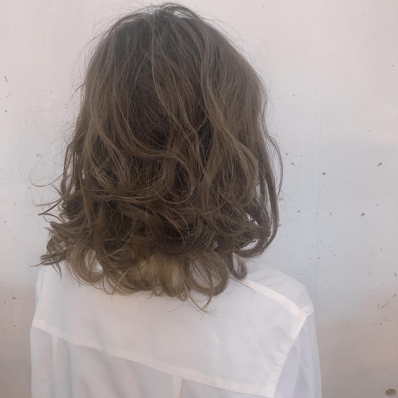 セミロング オルチャン アンニュイほつれヘア デート ヘアスタイルや髪型の写真・画像
