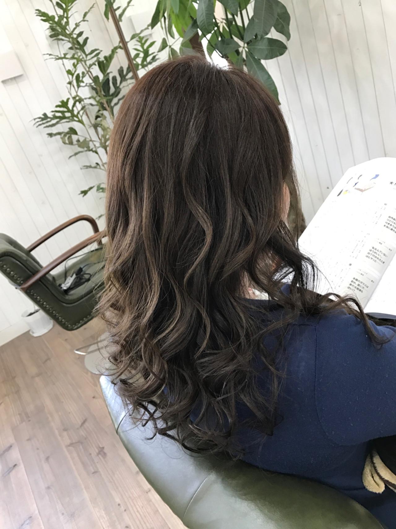 ロング 透明感 外国人風 ゆるふわ ヘアスタイルや髪型の写真・画像   ISHIKAWA TORU / Hair Salon GREENROOM