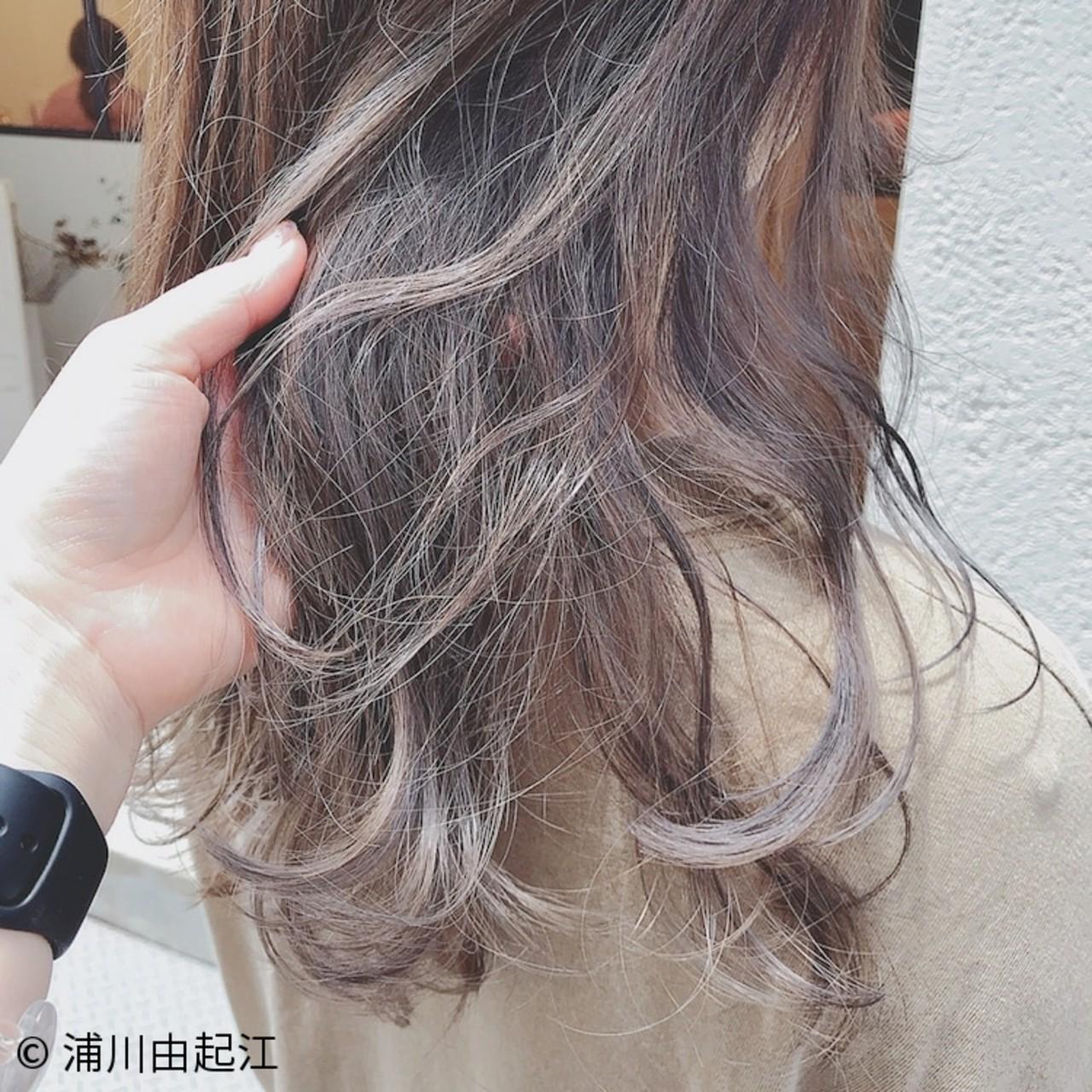 グラデーションカラー ゆるふわ 大人かわいい 外国人風 ヘアスタイルや髪型の写真・画像 | 浦川由起江 / nanon