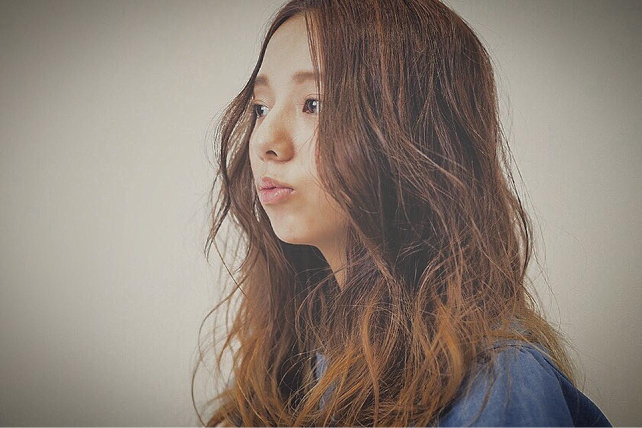 大人かわいい ハイライト ナチュラル ロング ヘアスタイルや髪型の写真・画像 | greenstudio寺田和真 / greenSTUDIO (グリーン スタジオ)