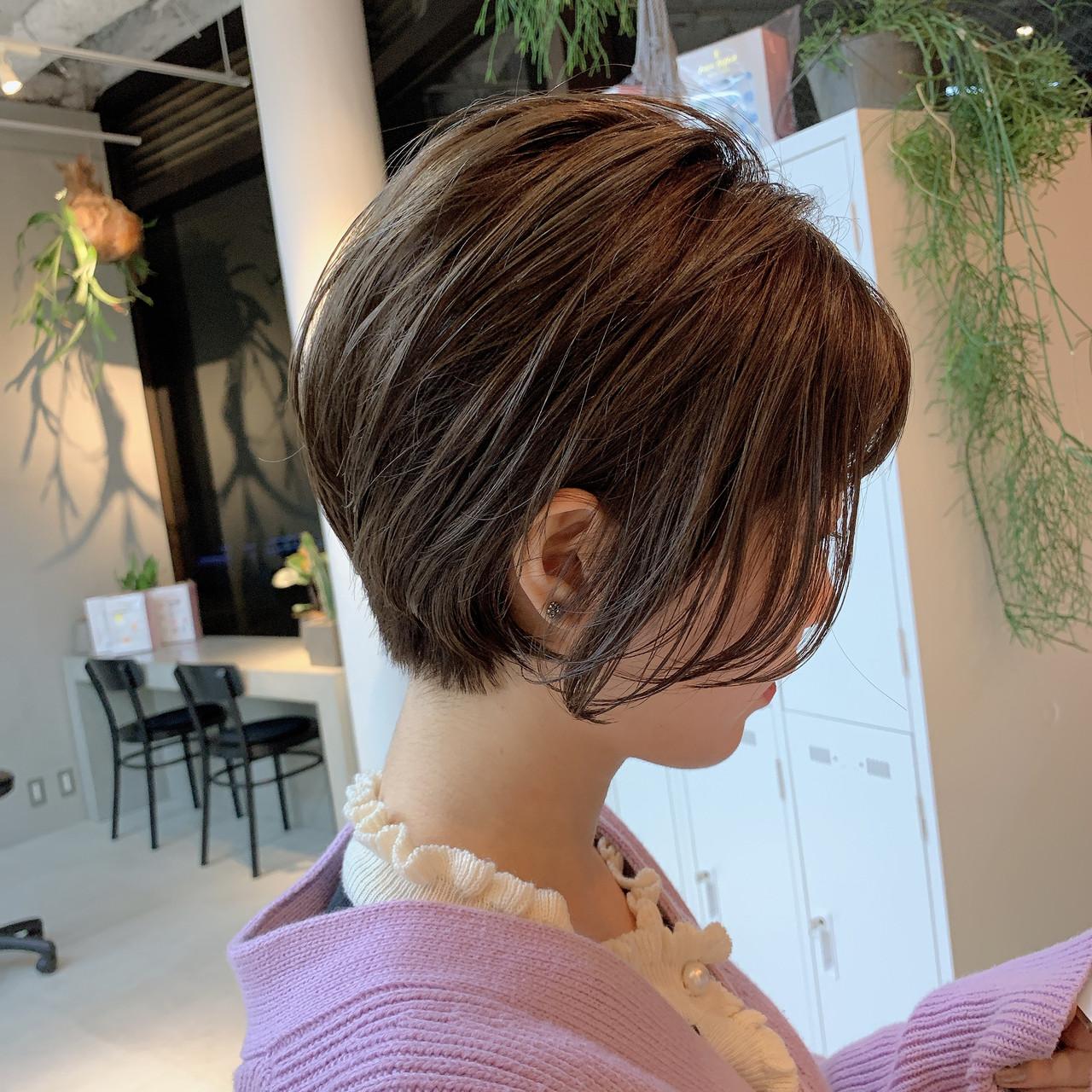 グレージュ ベージュ ショートボブ ショート ヘアスタイルや髪型の写真・画像