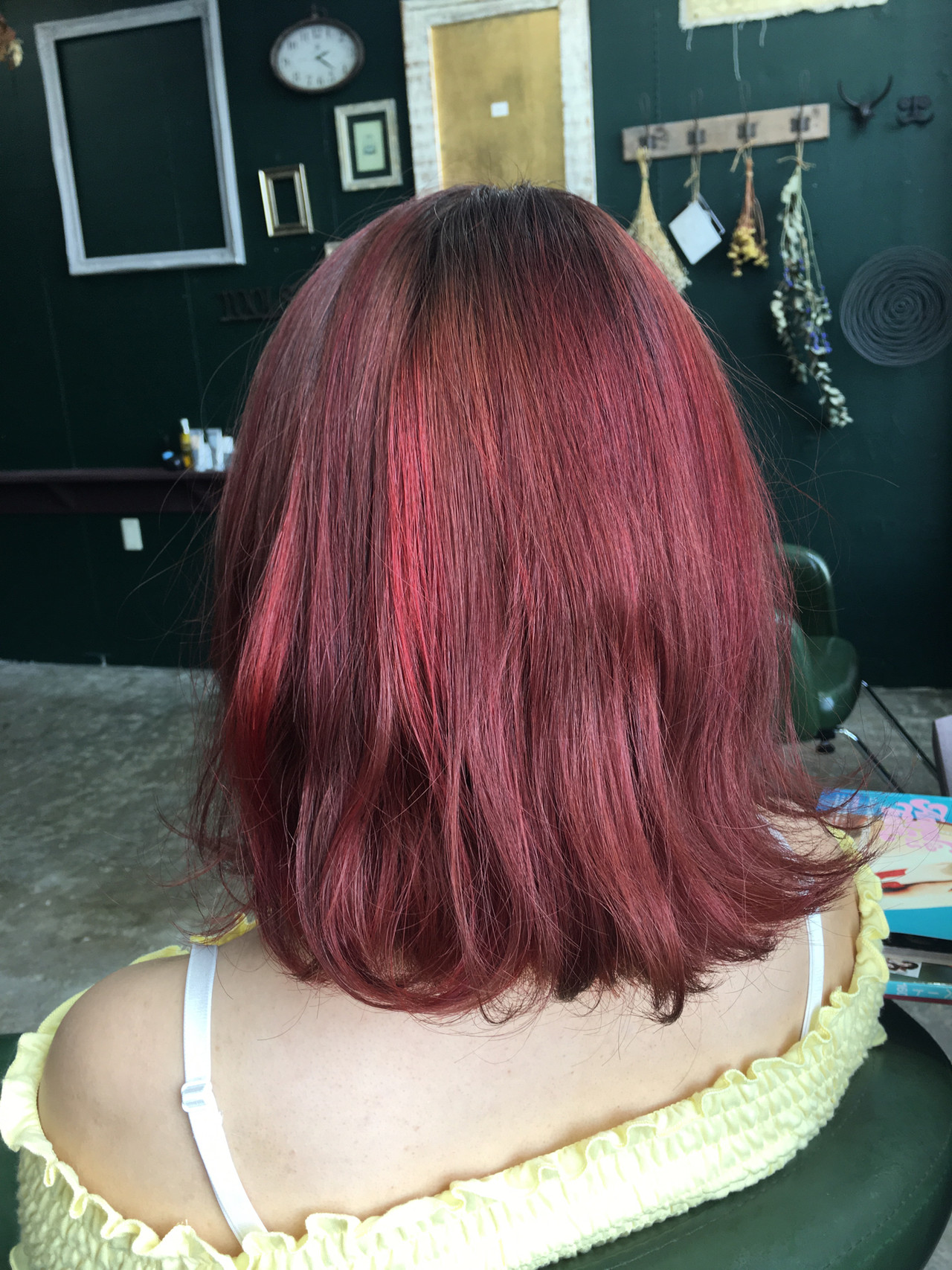 モード ミディアム ハイライト 個性的 ヘアスタイルや髪型の写真・画像