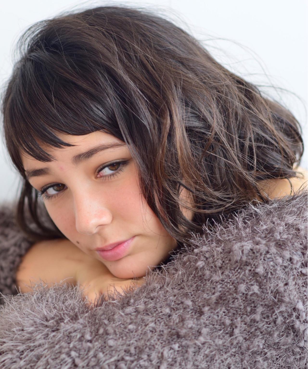 フリンジバング ナチュラル 抜け感 外国人風 ヘアスタイルや髪型の写真・画像 | 吉田直人 / tricca balcony hayama