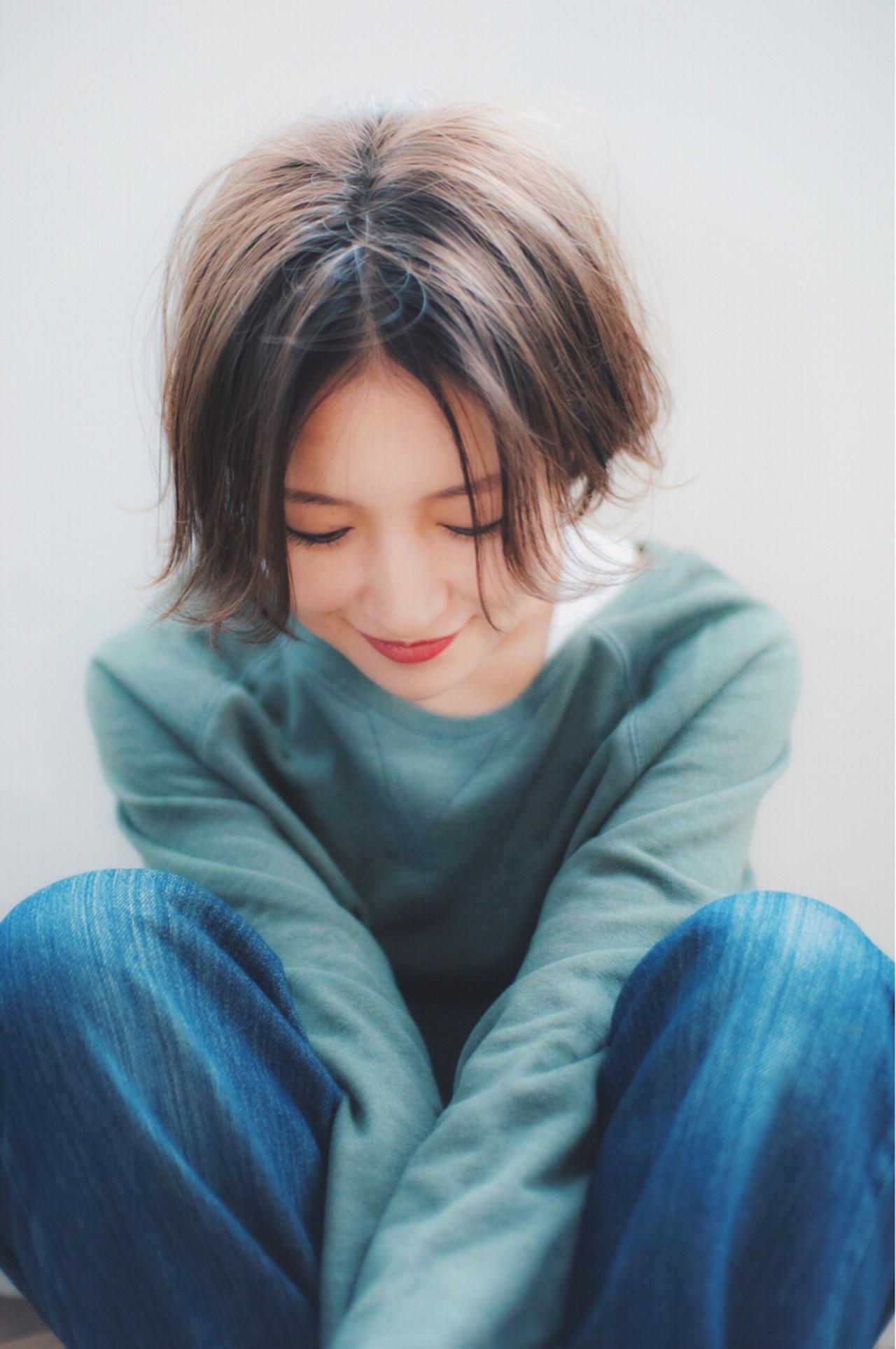 ゆるふわ ショート ガーリー ハイライト ヘアスタイルや髪型の写真・画像 | 金子大企 / HOMIE TOKYO
