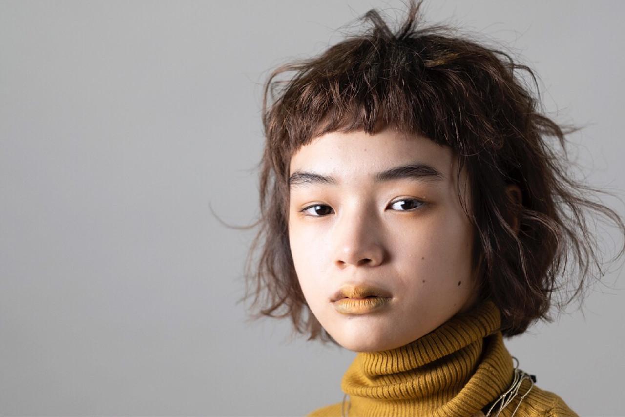 ゆるふわ 前髪パッツン フェミニン モード ヘアスタイルや髪型の写真・画像 | 勝又理恵 / atacca