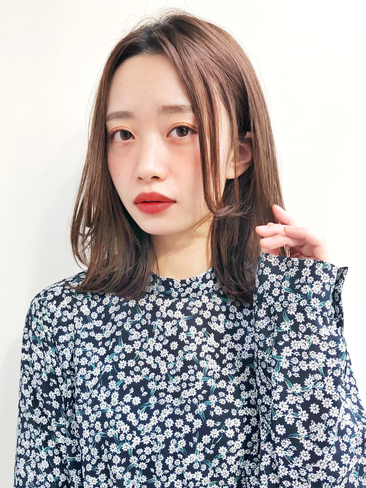 フェミニン ミディアム ワンカールスタイリング ロブ ヘアスタイルや髪型の写真・画像