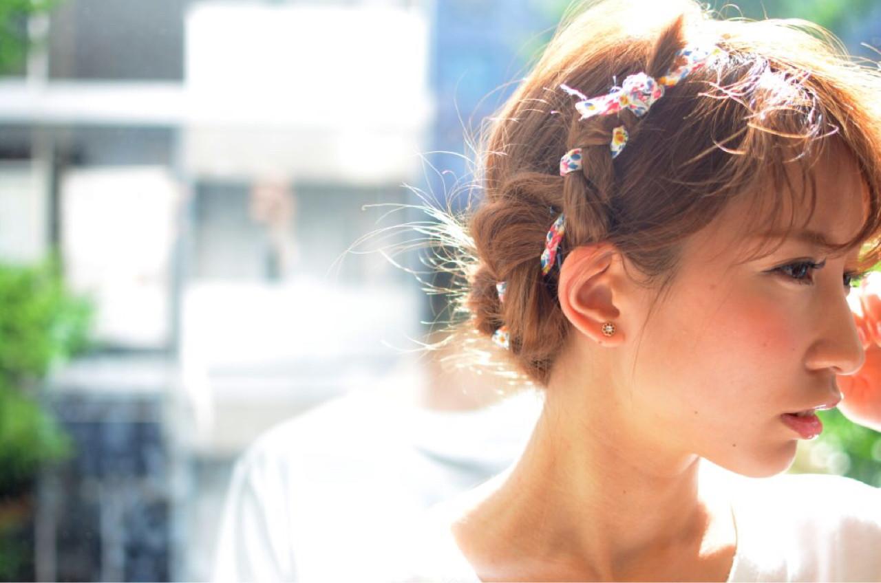 ヘアアレンジ ミディアム 三つ編み ルーズ ヘアスタイルや髪型の写真・画像