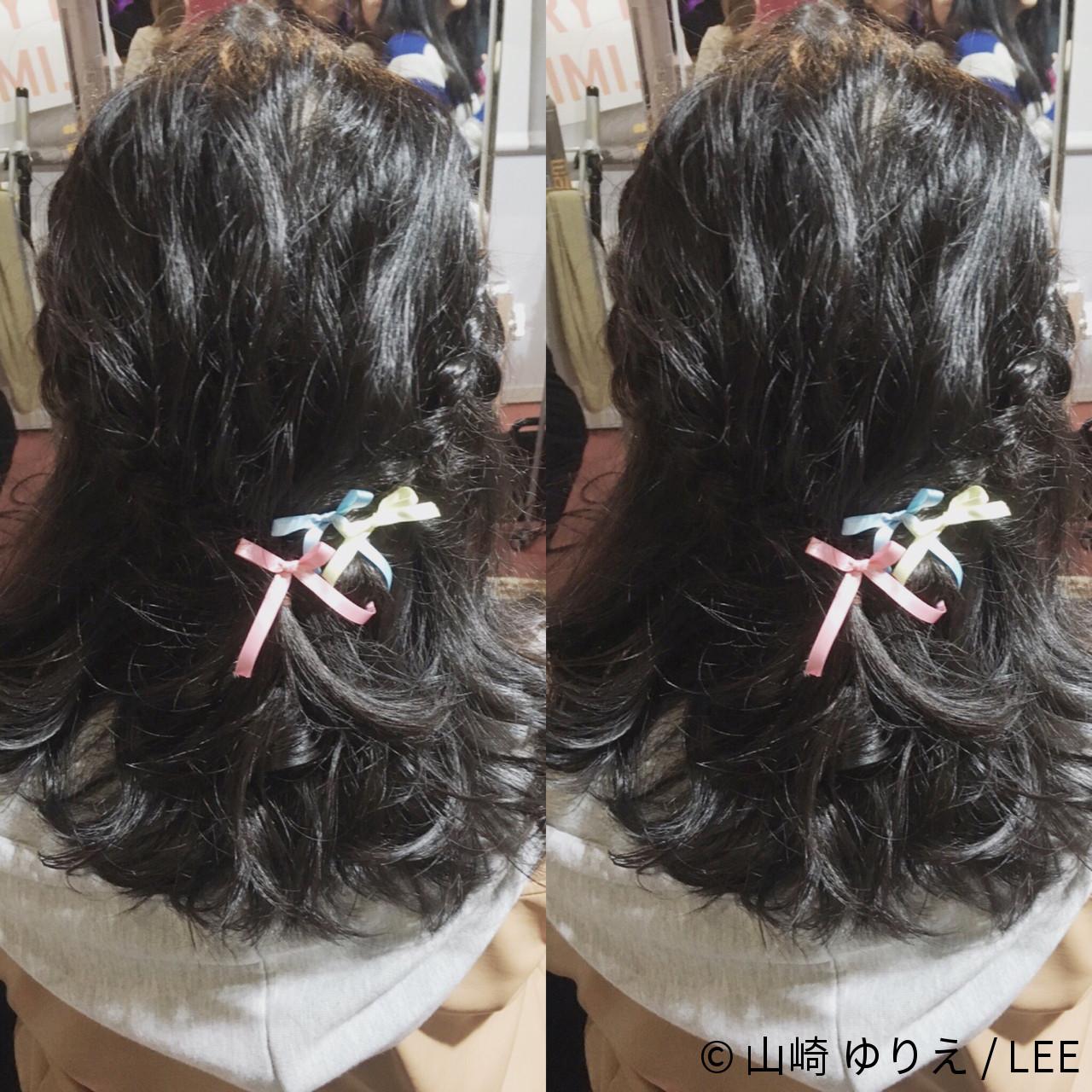 ヘアアレンジ ショート ミディアム フェミニン ヘアスタイルや髪型の写真・画像