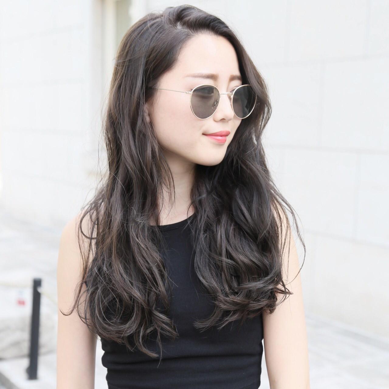 波ウェーブ ロング ニュアンス デート ヘアスタイルや髪型の写真・画像