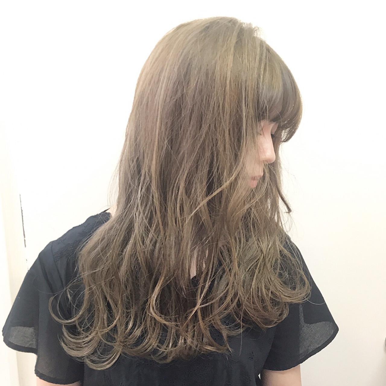 透明感 ハイライト 秋 アッシュ ヘアスタイルや髪型の写真・画像