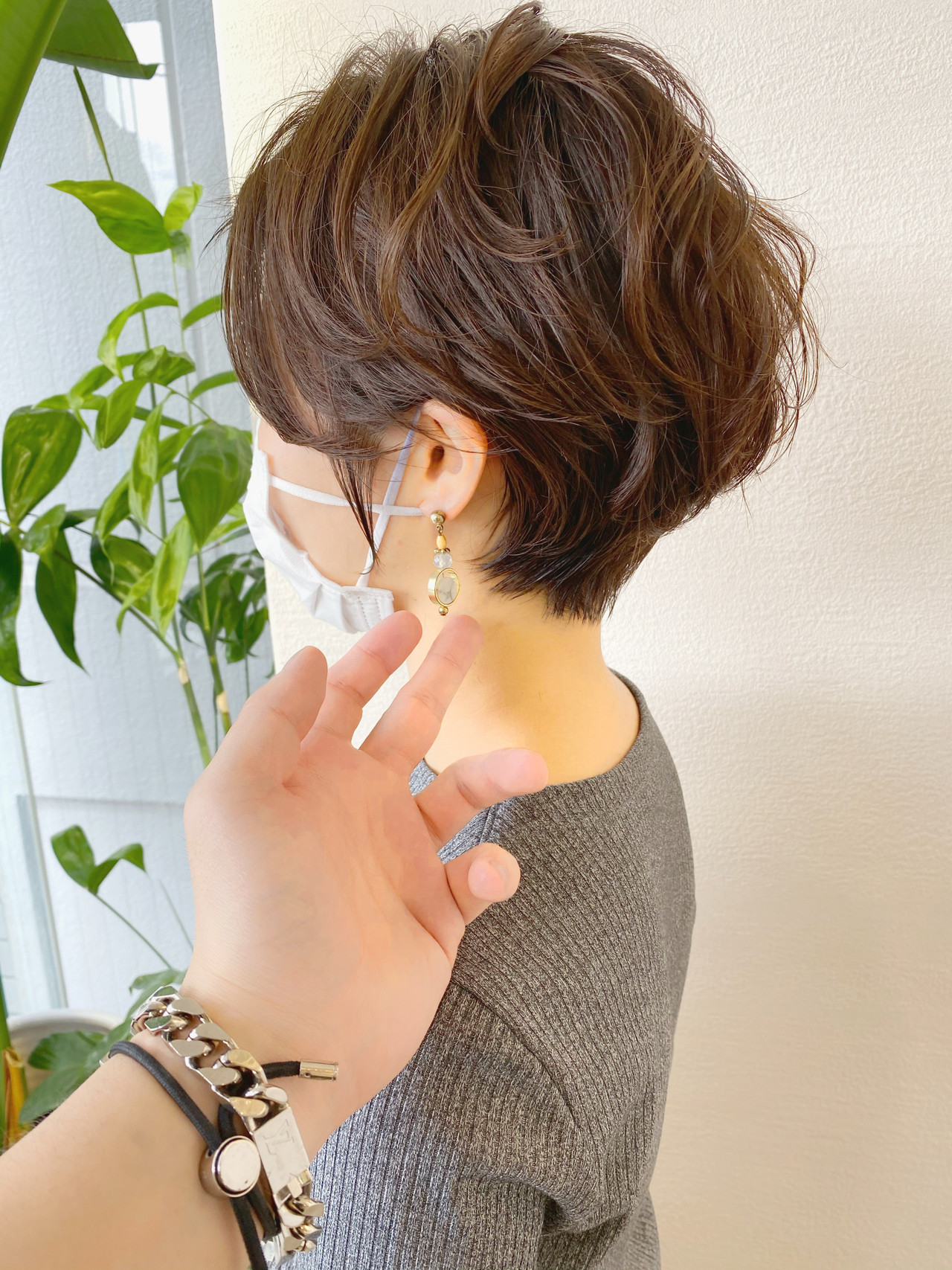 前下がりショート ショート ナチュラル 小顔ショート ヘアスタイルや髪型の写真・画像   津賀 雅也 / Lond omotesando