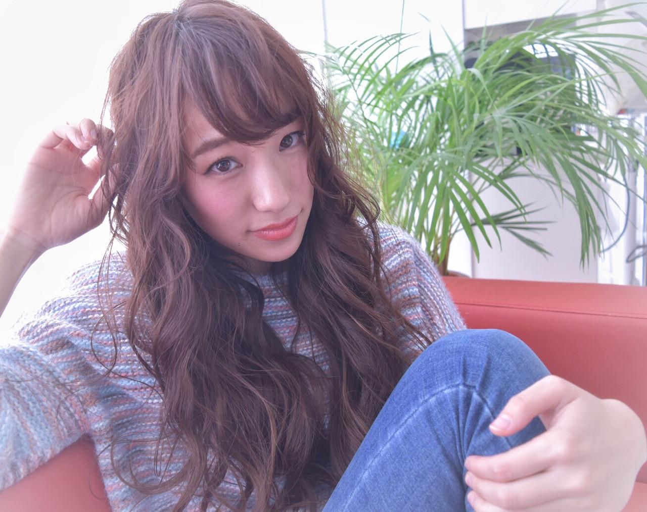 ロング 大人女子 小顔 アッシュ ヘアスタイルや髪型の写真・画像 | 石田裕紀 / Baroque 立川 newtonグループ