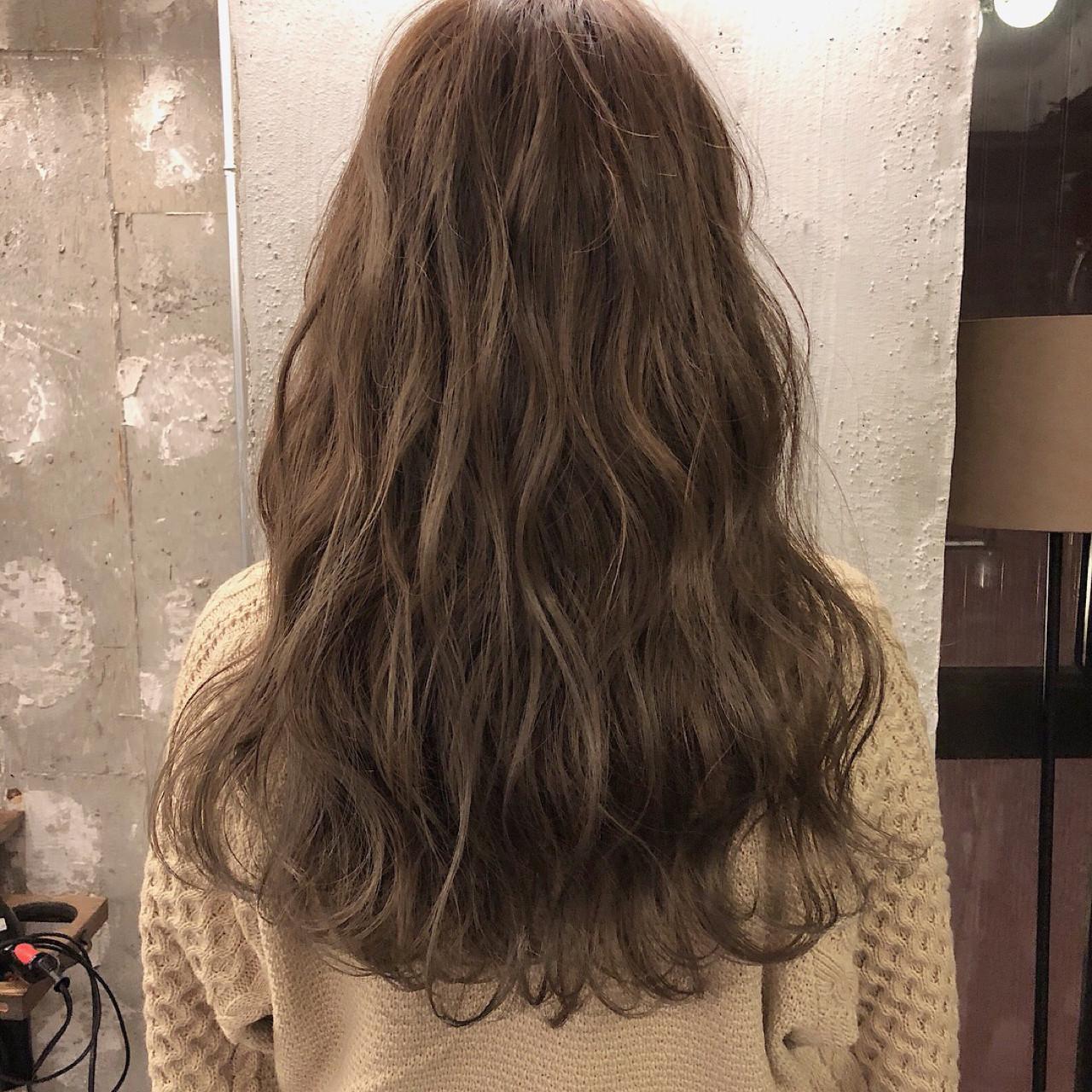 デート 結婚式 ヘアアレンジ ロング ヘアスタイルや髪型の写真・画像 | 冨永 真太郎 / 人トナリ