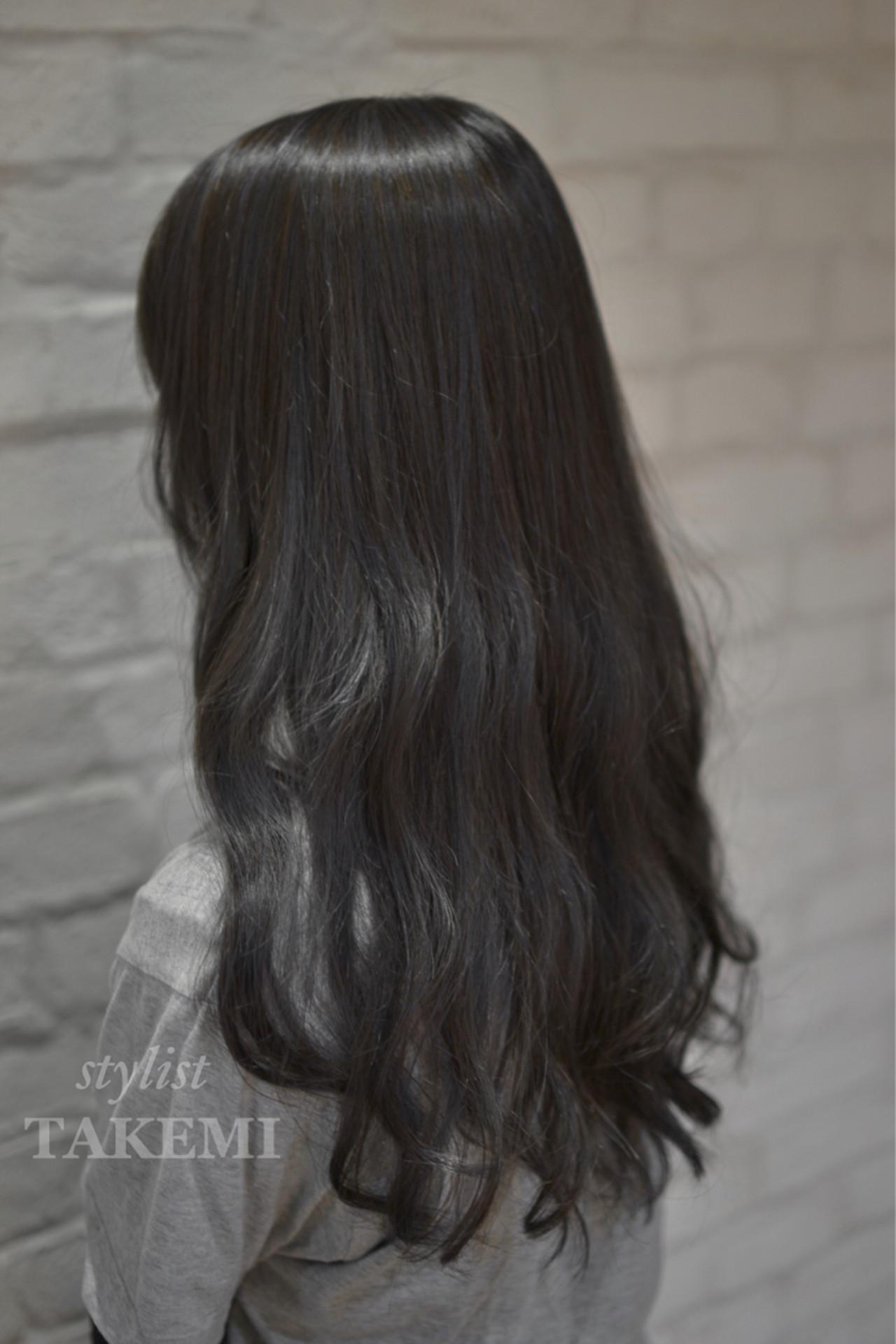 ハイライト ナチュラル アッシュ 外国人風 ヘアスタイルや髪型の写真・画像 | TAKEMI / BEBE 表参道