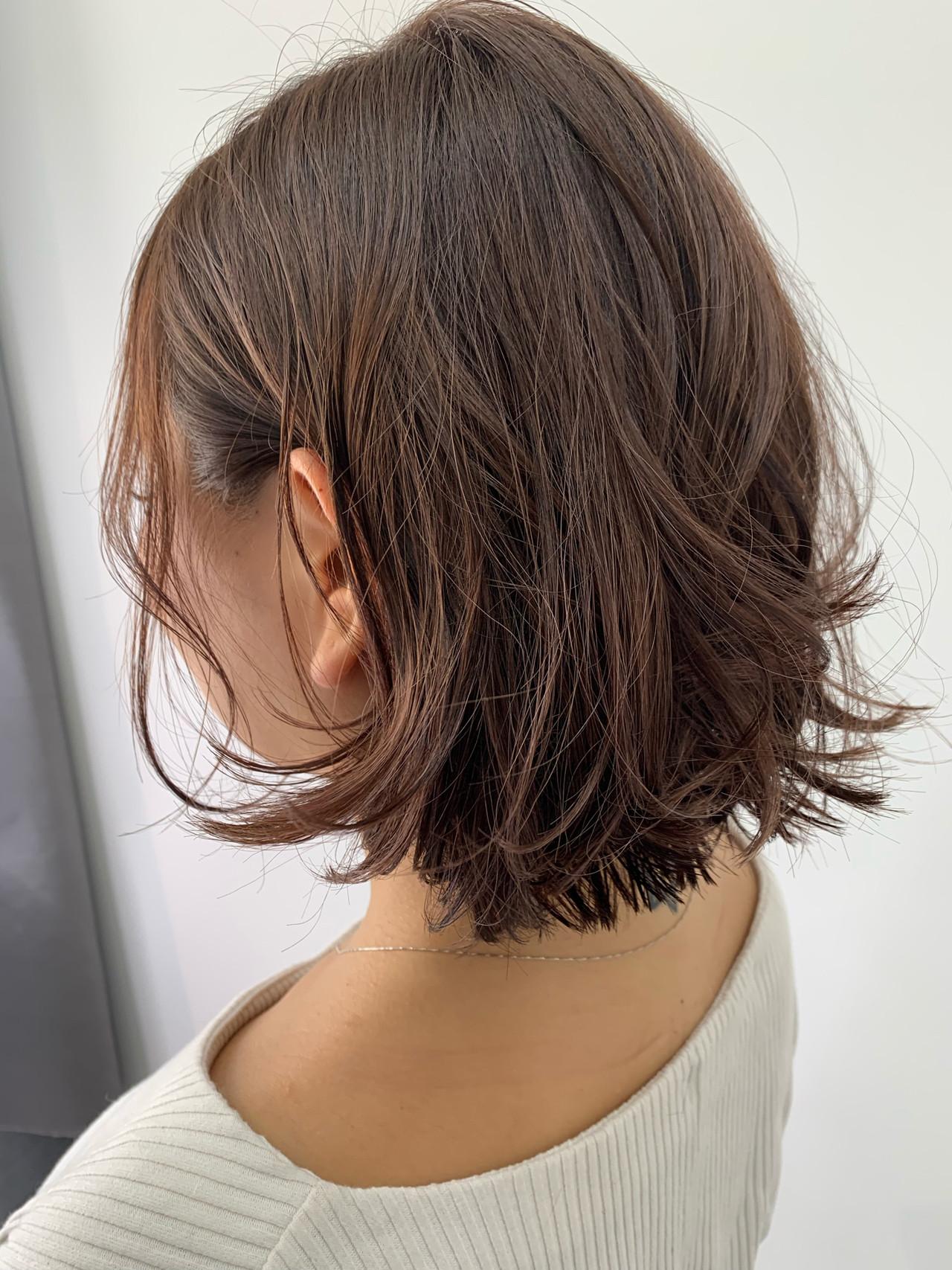 ナチュラル ハイライト ミディアム ミディアムレイヤー ヘアスタイルや髪型の写真・画像