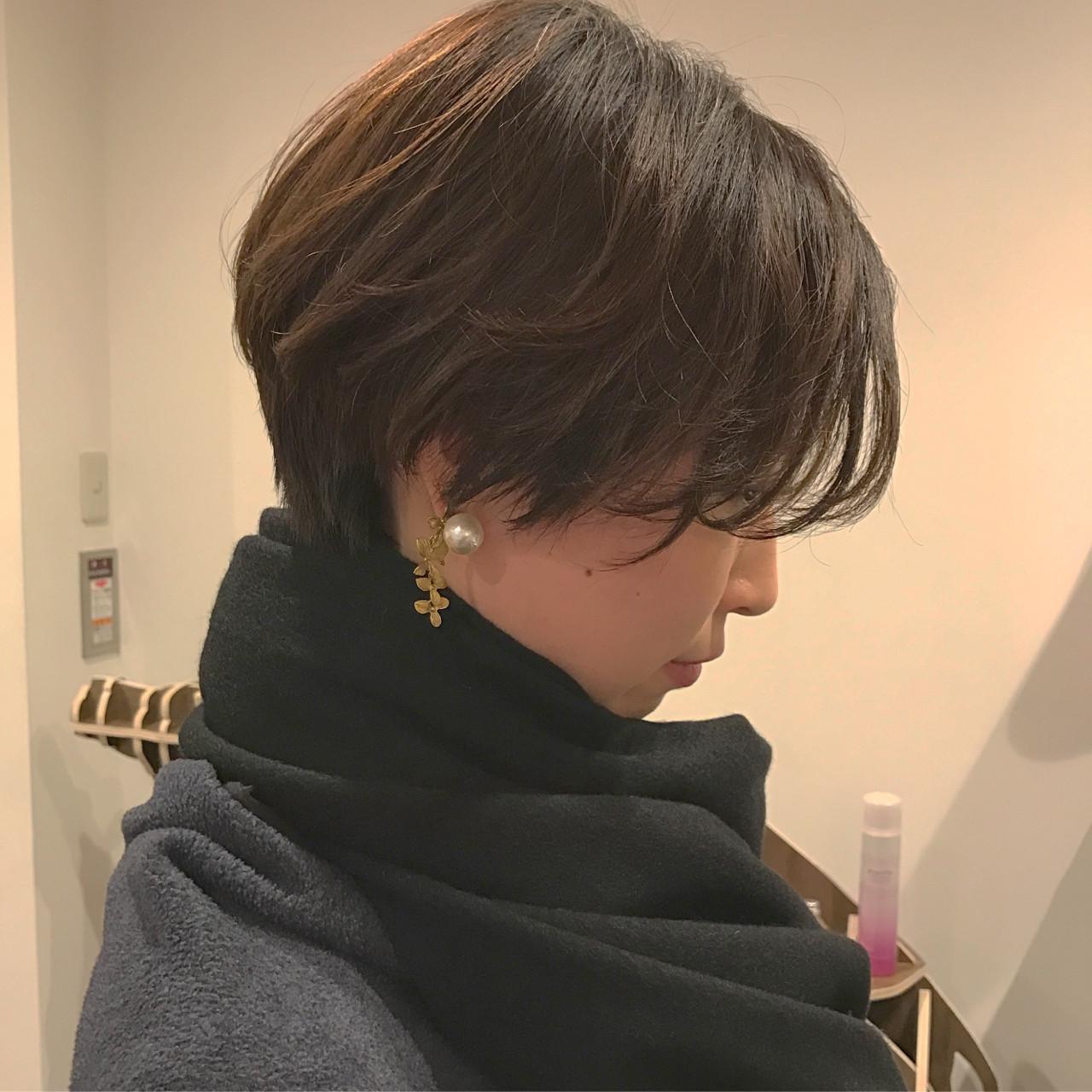 前髪あり ショート ナチュラル 黒髪 ヘアスタイルや髪型の写真・画像