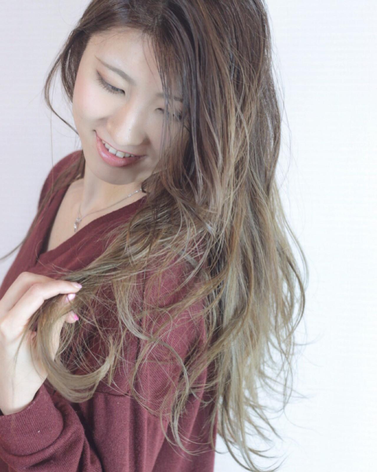 大人かわいい 外国人風カラー ロング エレガント ヘアスタイルや髪型の写真・画像 | 松田 和幸 / tuuli