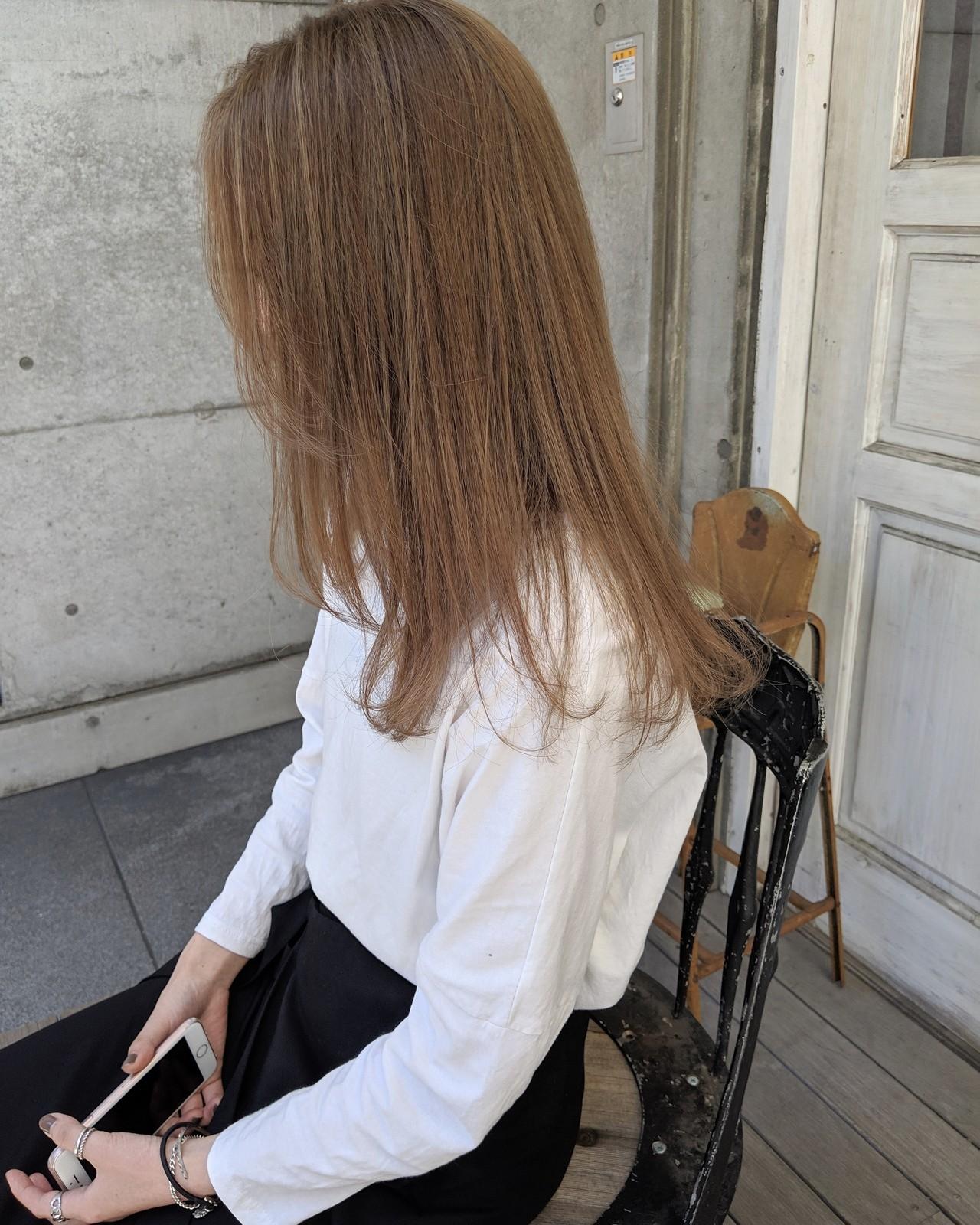 ハイライト オリーブベージュ ナチュラル ミルクティーベージュ ヘアスタイルや髪型の写真・画像 | HIFUMI / möwen