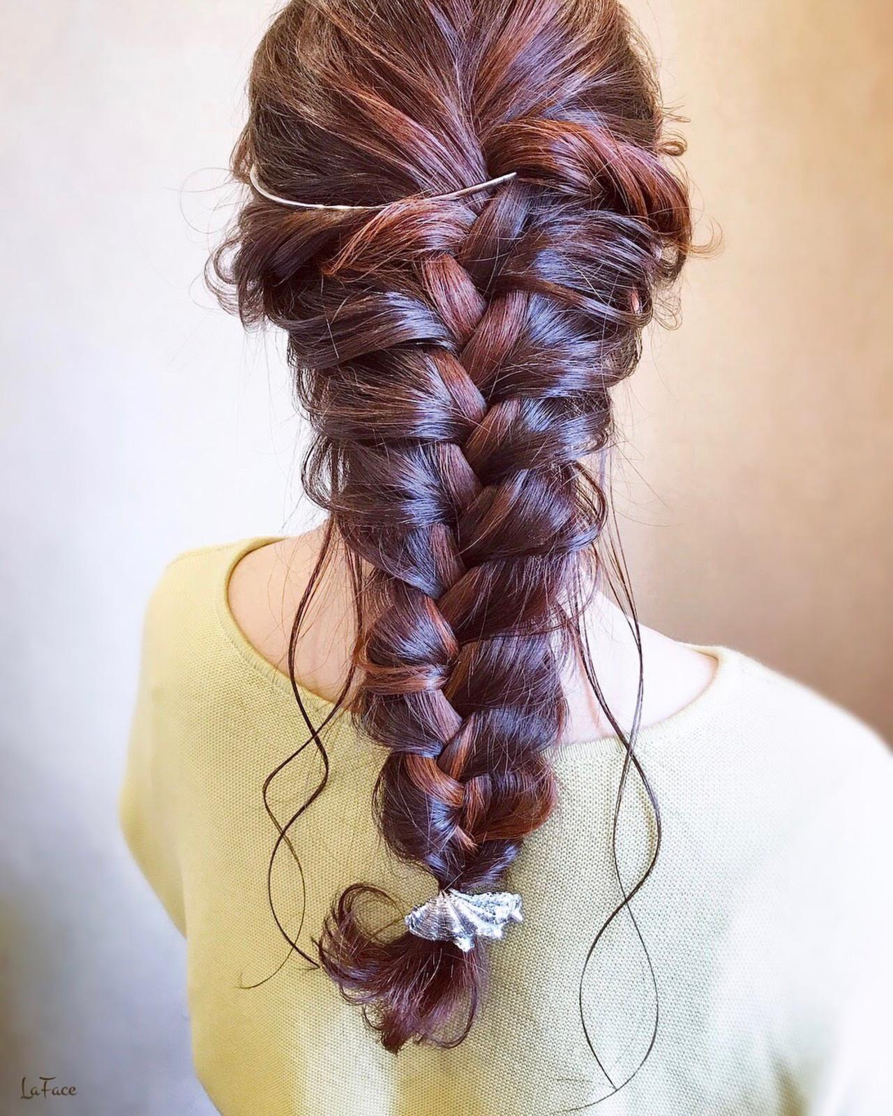 結婚式 ヘアアレンジ 大人かわいい フェミニン ヘアスタイルや髪型の写真・画像