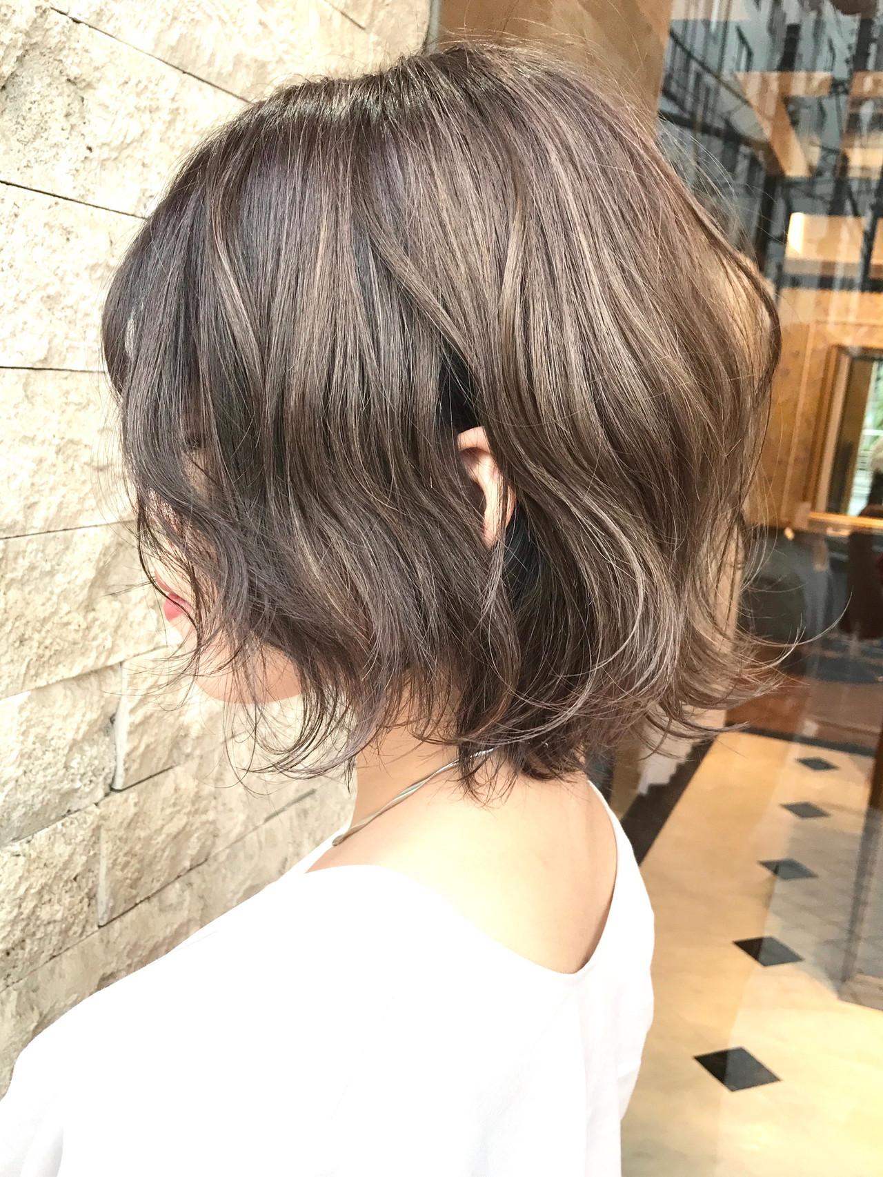 ハイライト ウルフカット ミニボブ ショートボブ ヘアスタイルや髪型の写真・画像
