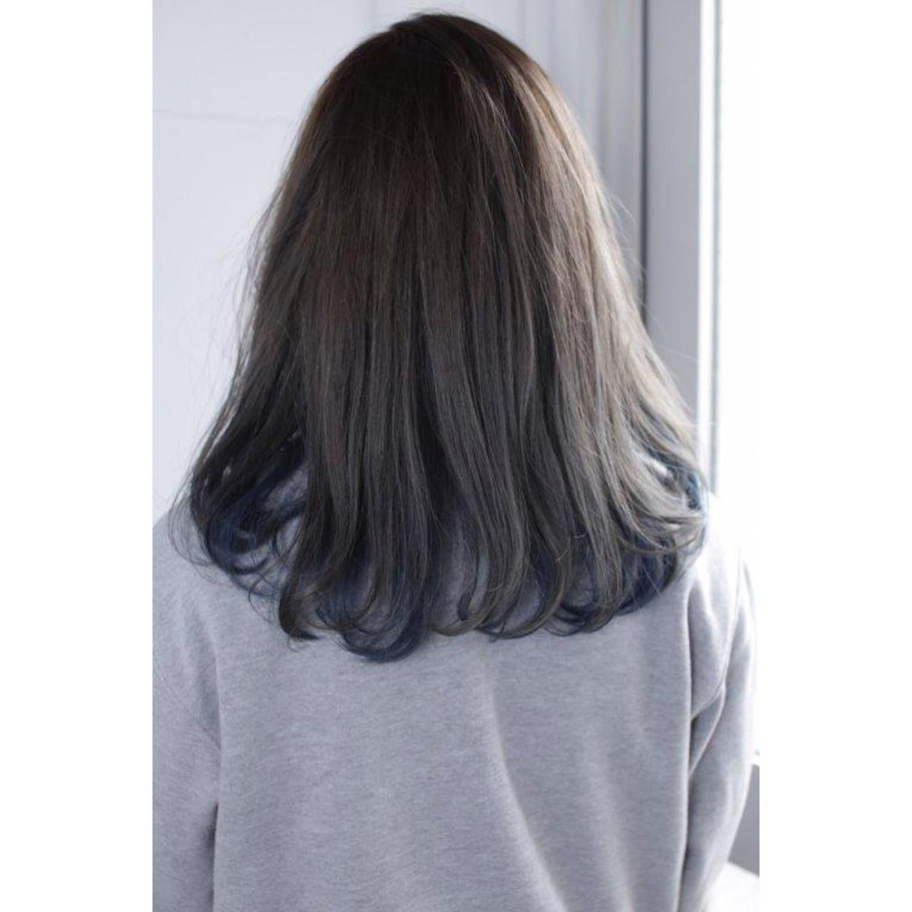 インナーカラー グレー ネイビー ナチュラル ヘアスタイルや髪型の写真・画像 | Yumi Hiramatsu / Sourire Imaizumi【スーリール イマイズミ】