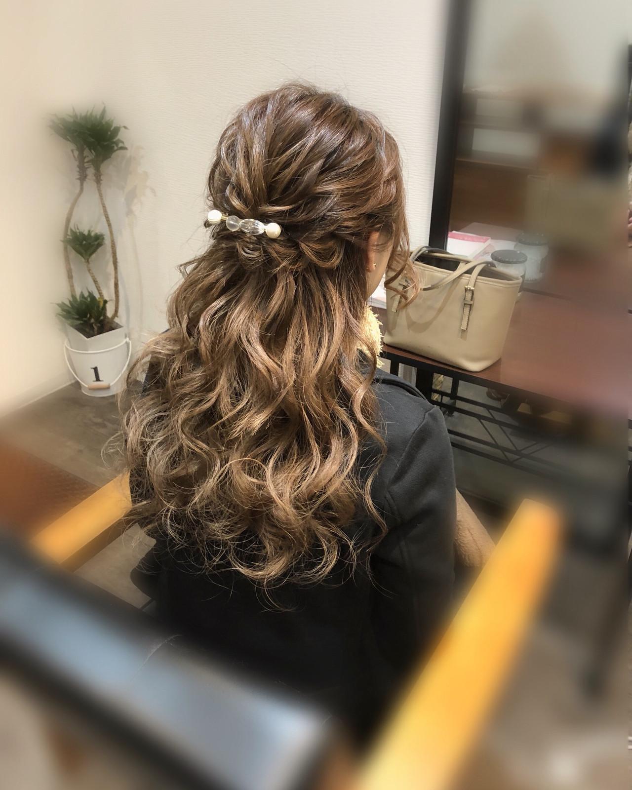 ヘアアレンジ 編み込みヘア ロング フェミニン ヘアスタイルや髪型の写真・画像