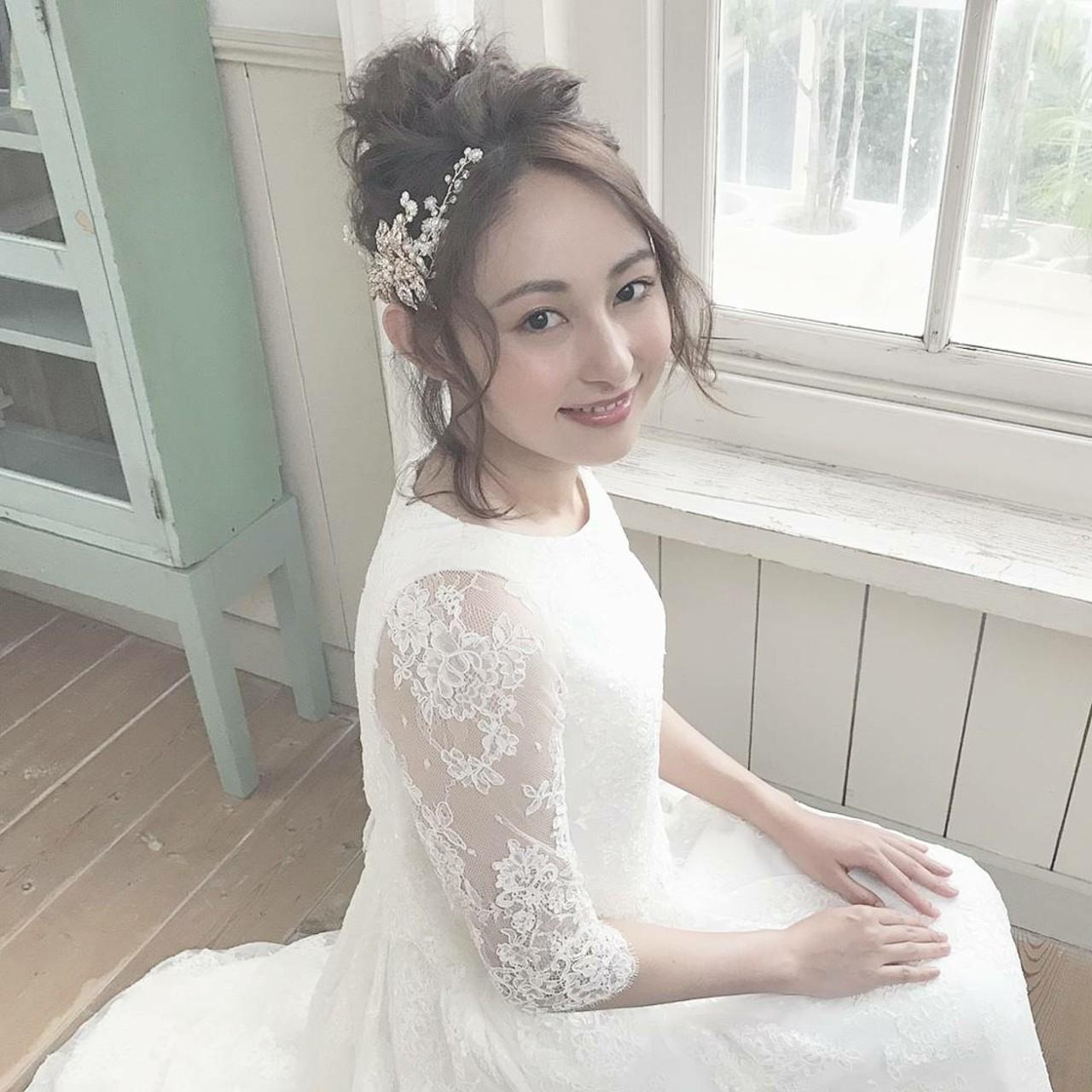 ウエディングドレス向けヘアスタイル♡人生で1番美しい私になれる髪型10選 Tomoko