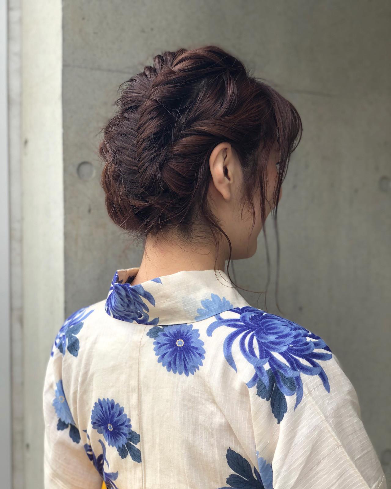 ナチュラル 簡単ヘアアレンジ フィッシュボーン ロング ヘアスタイルや髪型の写真・画像