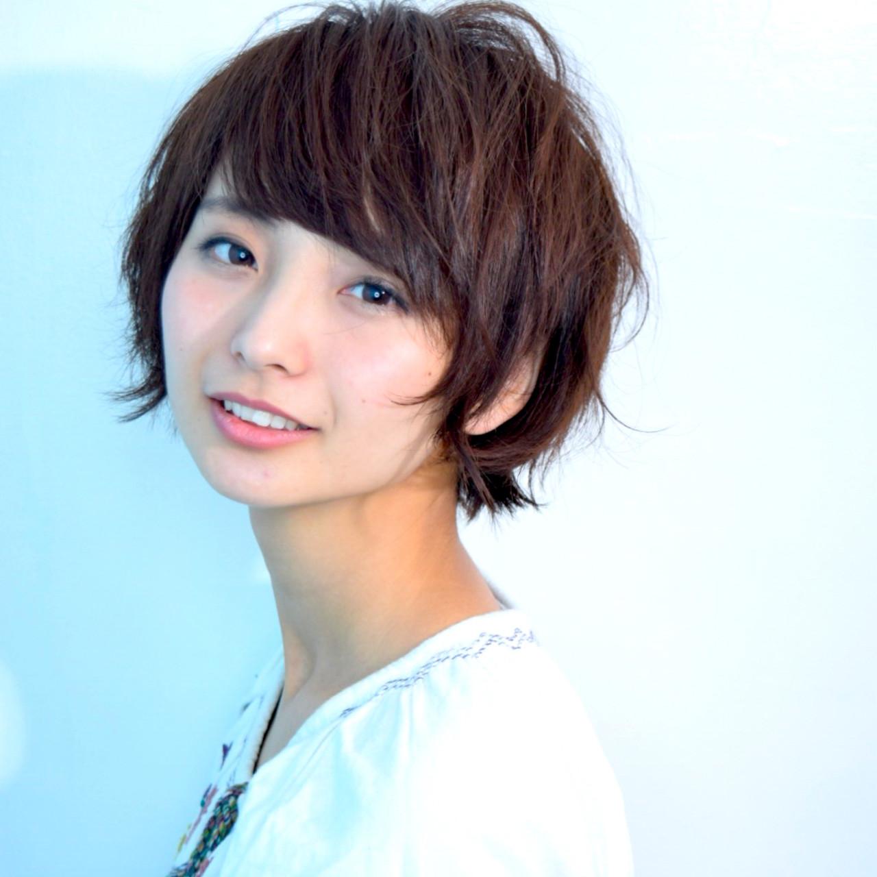 ショート 小顔ショート 小顔ヘア フェミニン ヘアスタイルや髪型の写真・画像