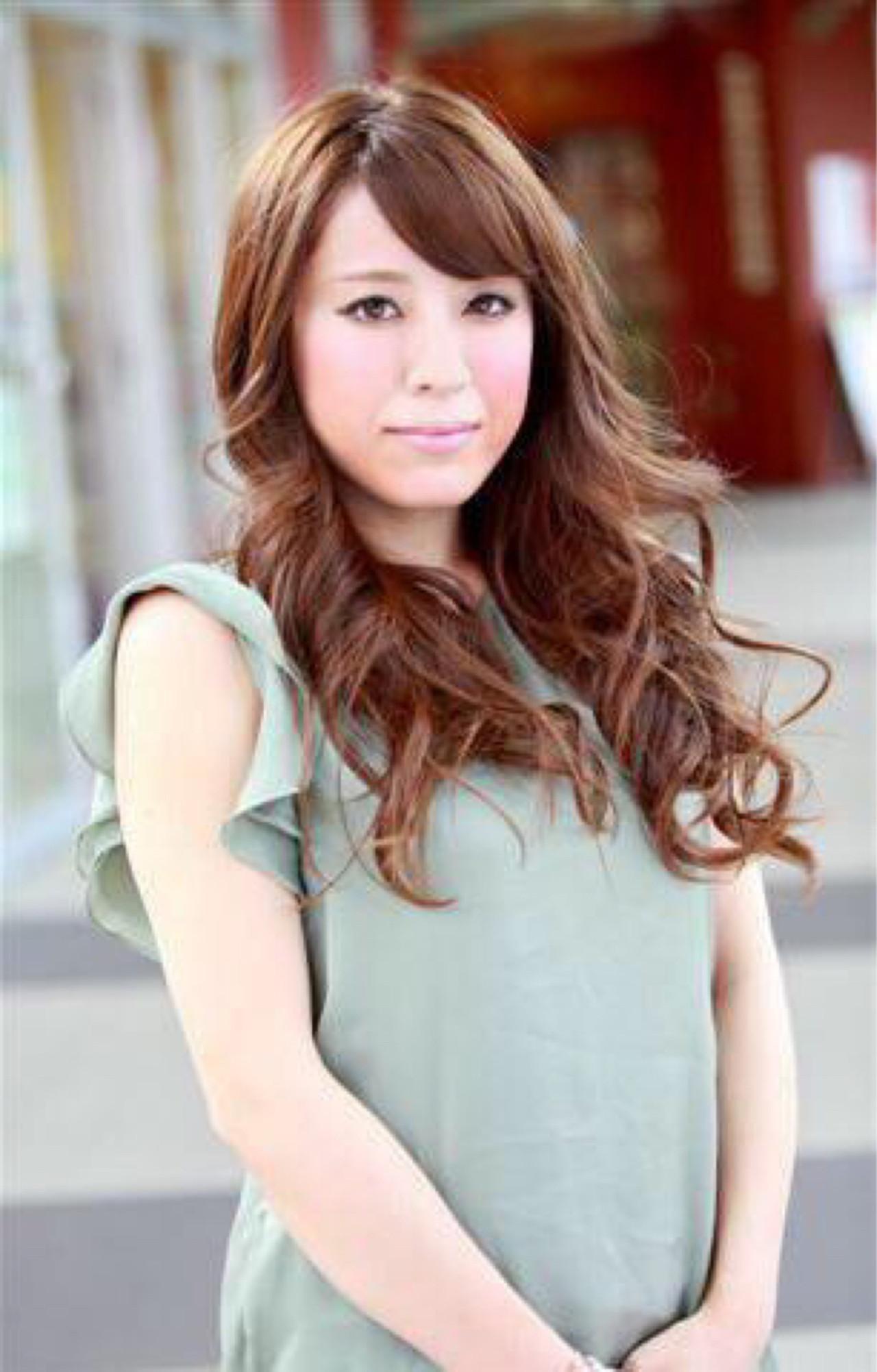 フェミニン 大人かわいい 前髪あり ロング ヘアスタイルや髪型の写真・画像   大野円香 / TONI&GUY