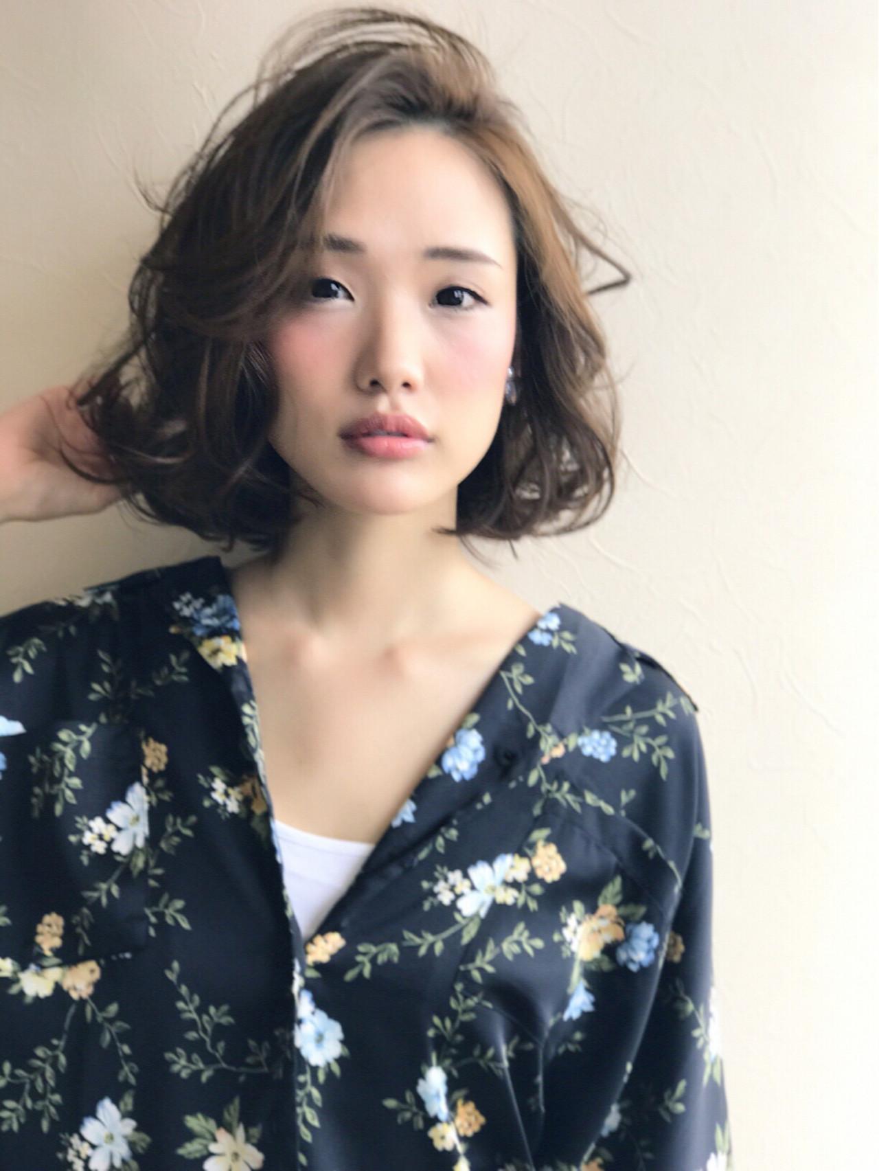 外国人風 ミディアム 大人かわいい 抜け感 ヘアスタイルや髪型の写真・画像