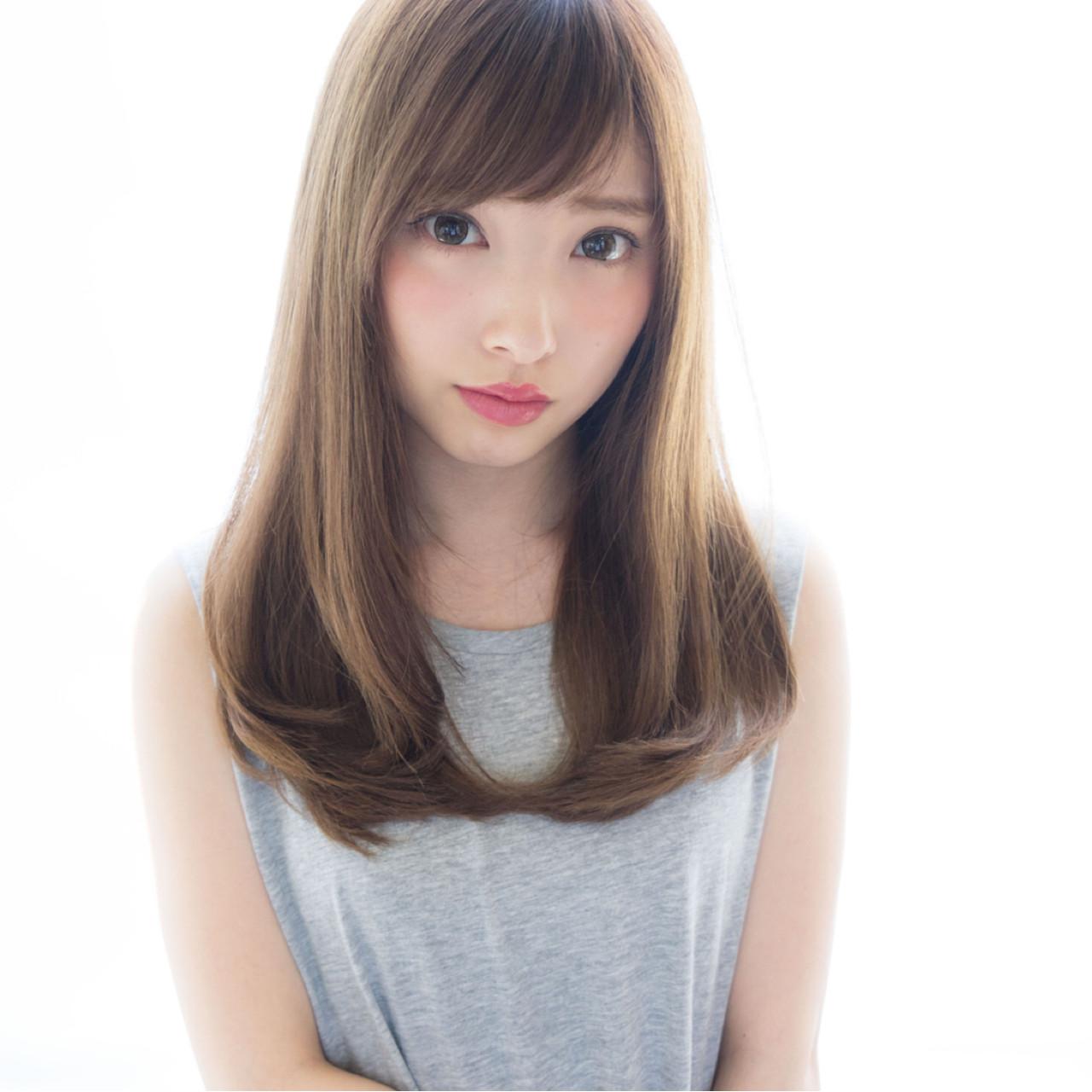外国人風 ナチュラル セミロング 大人かわいい ヘアスタイルや髪型の写真・画像