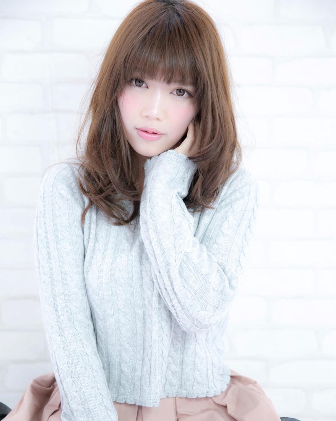 フェミニン 大人かわいい 大人女子 ストレート ヘアスタイルや髪型の写真・画像