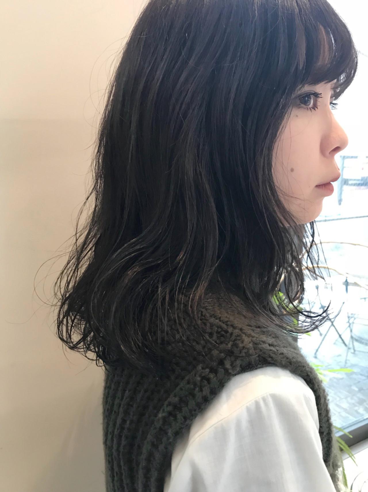 ピュア くせ毛風 大人かわいい 前髪あり ヘアスタイルや髪型の写真・画像 | 磯部巧 / brisa