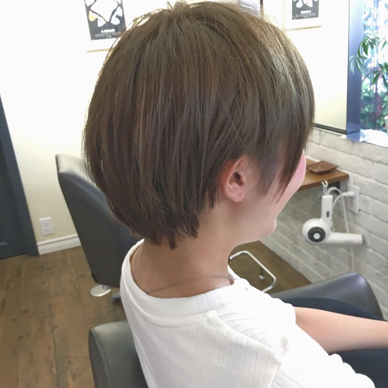 リラックス ショート ハイトーン ナチュラル ヘアスタイルや髪型の写真・画像 | 上川美幸 / carlm