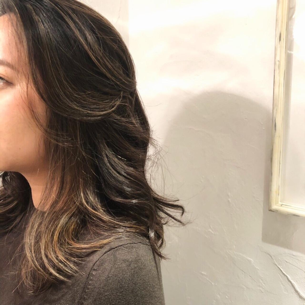 セミロング ハイライト 3Dハイライト 外国人風 ヘアスタイルや髪型の写真・画像