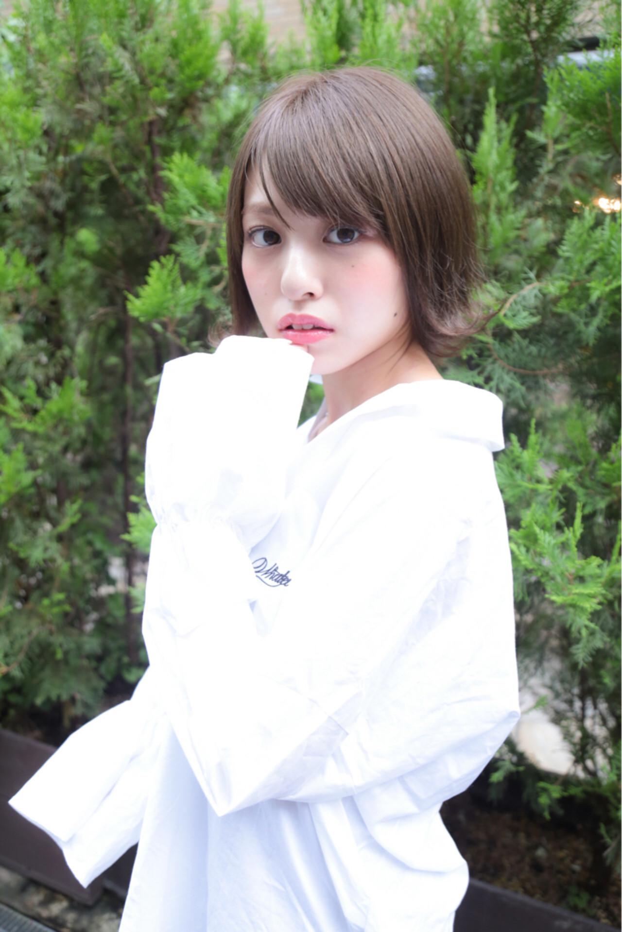 フェミニン 秋 冬 グレージュ ヘアスタイルや髪型の写真・画像 | 水野翔之 / freelance