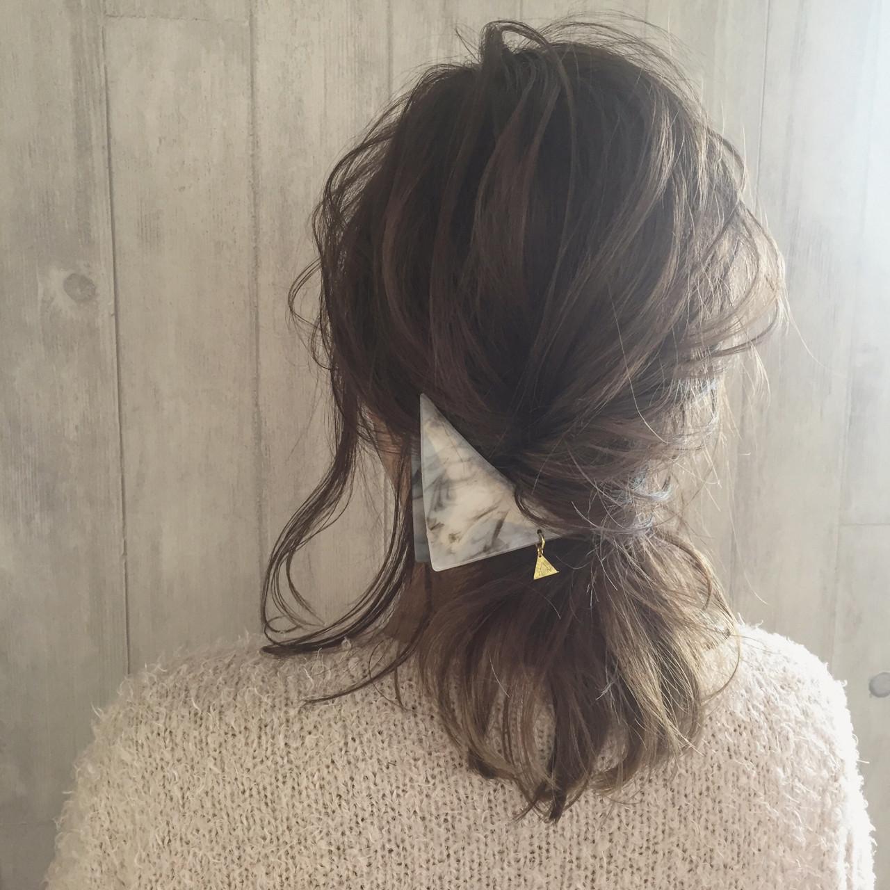 バンスクリップで大人のまとめ髪☆おすすめヘアアレンジやアイテムも紹介
