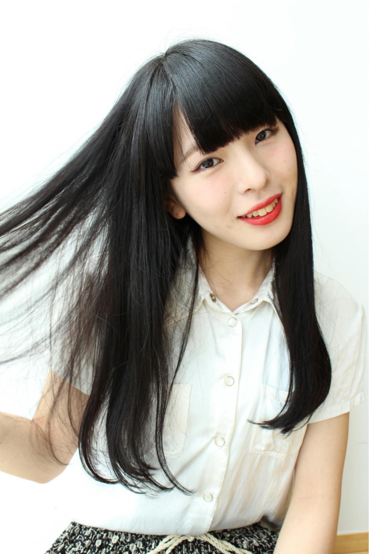大人かわいい ロング ナチュラル ストレート ヘアスタイルや髪型の写真・画像