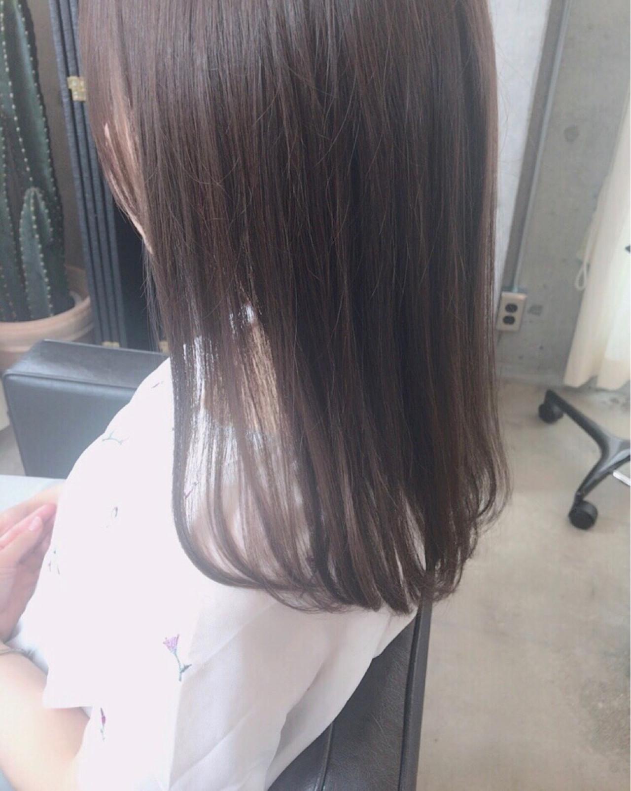 オフィス ハイライト ローライト イルミナカラー ヘアスタイルや髪型の写真・画像   bond_hiroe / bond