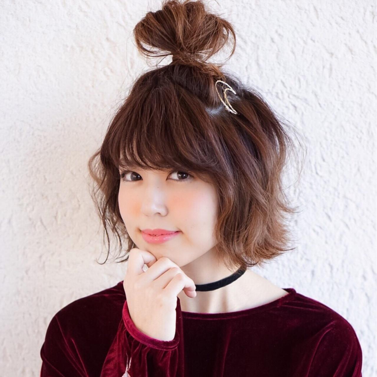 フェミニン 外ハネ ショート ヘアアレンジ ヘアスタイルや髪型の写真・画像 | のりちゃん /