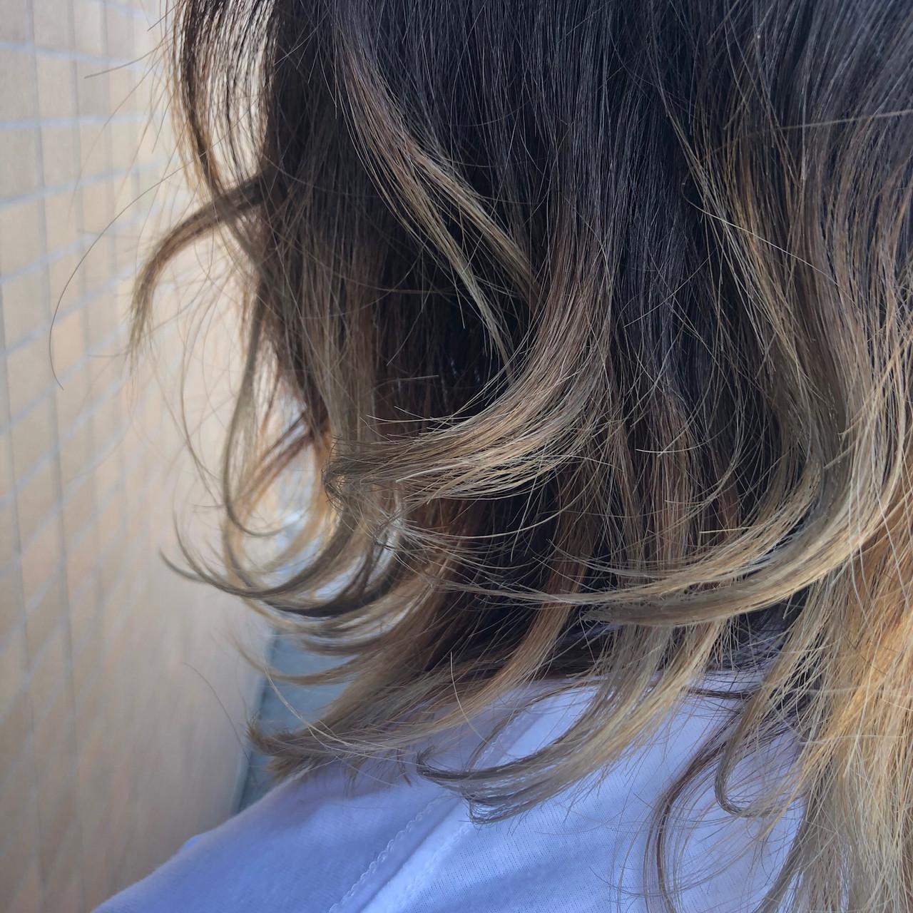 モード ヘアアレンジ グラデーションカラー ミディアム ヘアスタイルや髪型の写真・画像