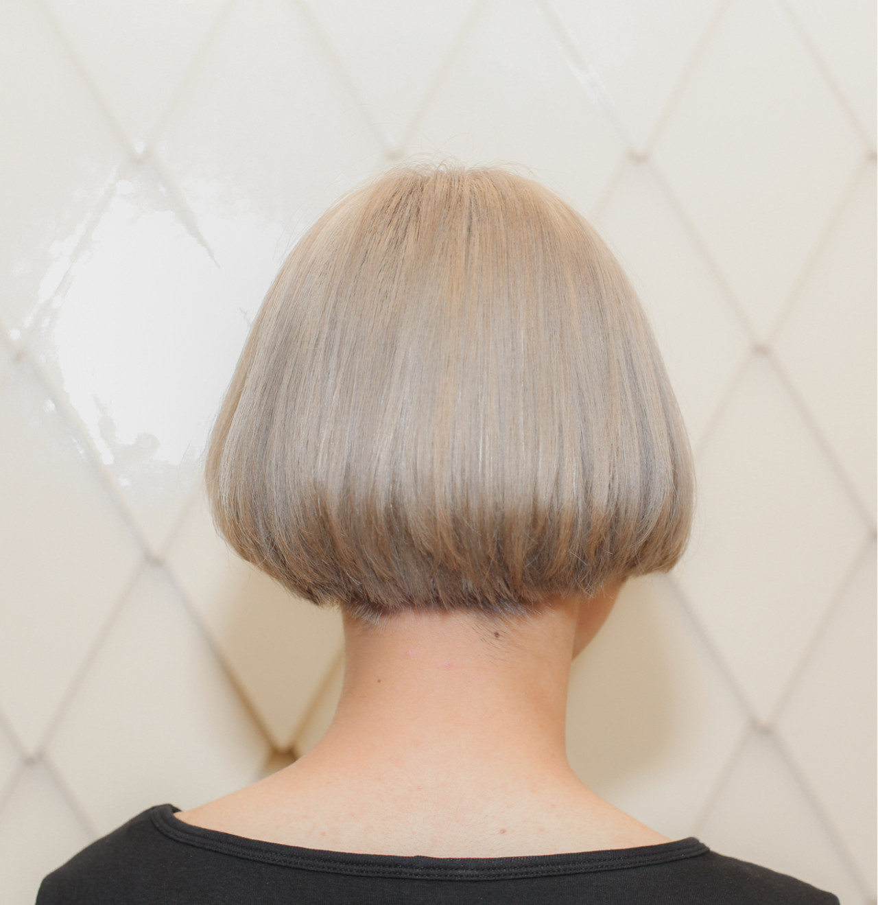 切りっぱなし アッシュ ナチュラル ボブ ヘアスタイルや髪型の写真・画像   治久丸 元太 / GOODYBASE