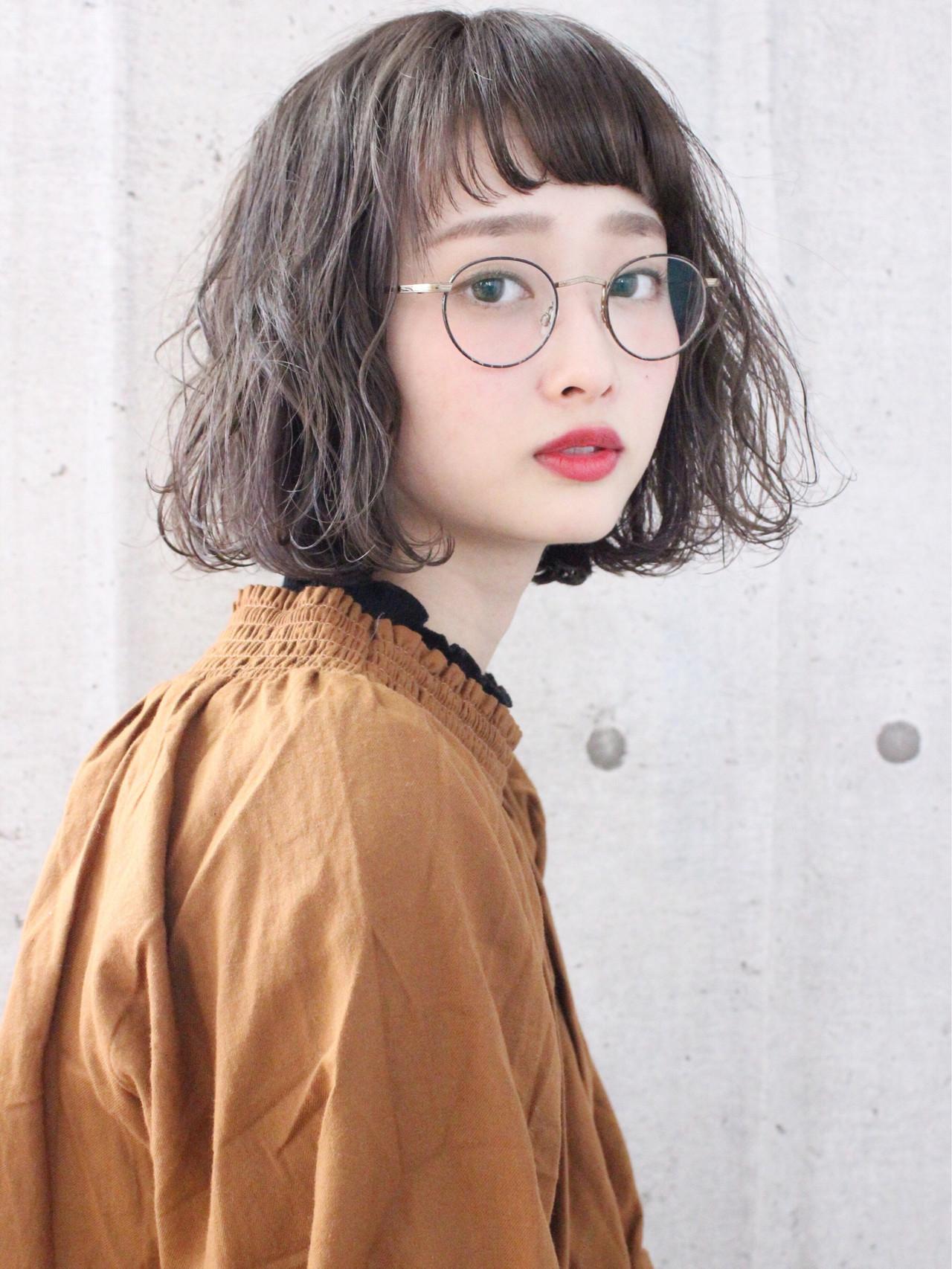 アンニュイほつれヘア ミルクティーグレージュ ボブ ナチュラル ヘアスタイルや髪型の写真・画像   上田智久 / ooit 福岡 天神 / ooit