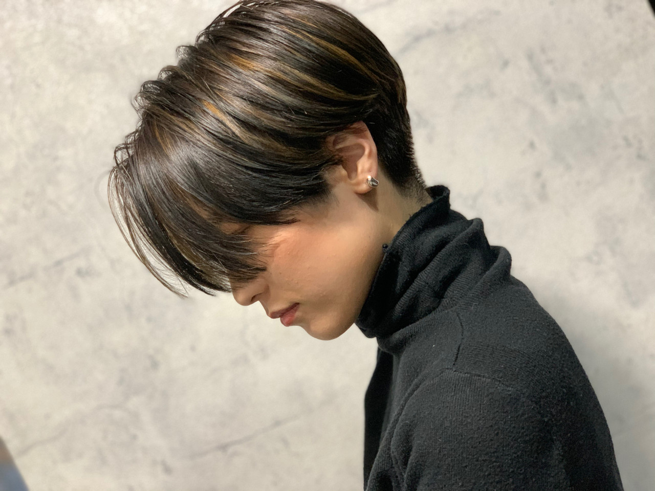 モード ショートボブ 極細ハイライト ハンサムショート ヘアスタイルや髪型の写真・画像 | 原田 和幸 / TELA